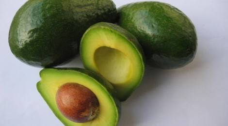 Гурманам на заметку: как правильно выбрать авокадо!